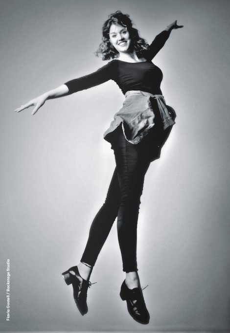 Backstage Studio: Flavia Gosteli in dance pose